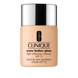 Clinique Even Better Glow Light Reflecting Makeup SPF 15 Foundation Nr. 40 Cream Chamois